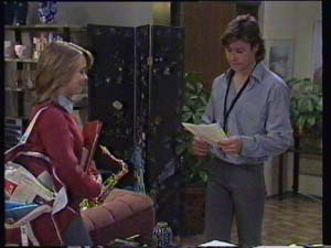Sue Parker, Mike Young in Neighbours Episode 0337
