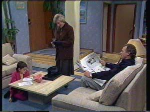 Lucy Robinson, Helen Daniels, Jim Robinson in Neighbours Episode 0338