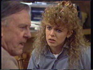 Dan Ramsay, Charlene Mitchell in Neighbours Episode 0338
