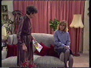 Nell Mangel, Jane Harris in Neighbours Episode 0338