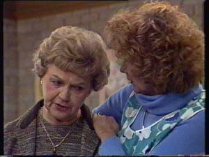 Edna Ramsay, Madge Mitchell in Neighbours Episode 0338