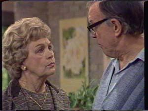 Edna Ramsay, Dan Ramsay in Neighbours Episode 0339