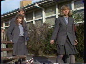 Scott Robinson, Charlene Mitchell, Jane Harris in Neighbours Episode 0339