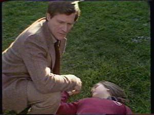 Mr White, Sue Parker in Neighbours Episode 0339