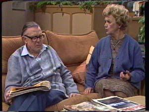 Dan Ramsay, Edna Ramsay in Neighbours Episode 0339