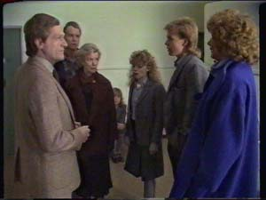Mr White, Jim Robinson, Helen Daniels, Charlene Mitchell, Scott Robinson, Madge Mitchell in Neighbours Episode 0339
