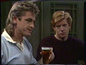 Shane Ramsay, Clive Gibbons in Neighbours Episode 0340