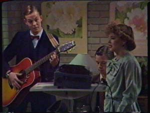 Scott Robinson, Mike Young, Charlene Mitchell in Neighbours Episode 0340
