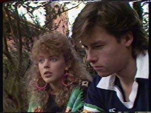 Mike Young, Charlene Mitchell in Neighbours Episode 0341