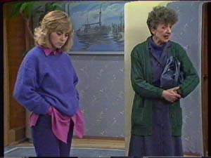 Jane Harris, Nell Mangel in Neighbours Episode 0341
