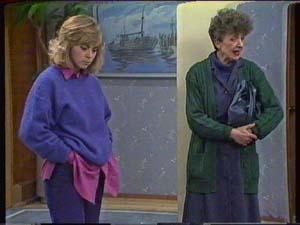 Jane Harris, Nell Mangel in Neighbours Episode 0341