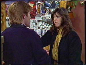 Clive Gibbons, Susan Cole in Neighbours Episode 0341