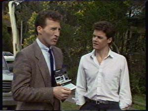 Peter Smith, Paul Robinson in Neighbours Episode 0341