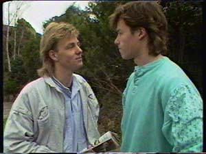 Scott Robinson, Mike Young in Neighbours Episode 0342