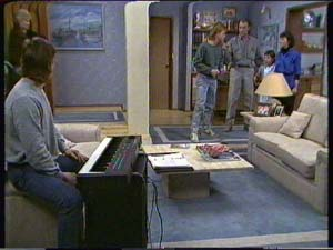 Jim Robinson, Lucy Robinson, Mike Young, Ruth Wilson, Scott Robinson in Neighbours Episode 0344