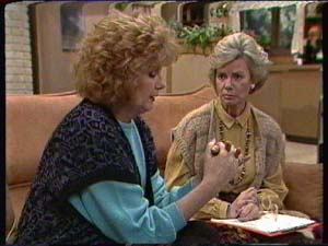 Madge Bishop, Helen Daniels in Neighbours Episode 0344