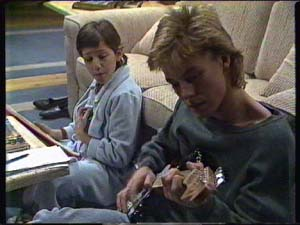 Lucy Robinson, Scott Robinson in Neighbours Episode 0344