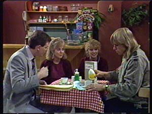 Warrick Capper, Des Clarke, Charlene Mitchell, Jane Harris in Neighbours Episode 0344