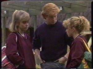 Jane Harris, Clive Gibbons, Charlene Mitchell in Neighbours Episode 0346