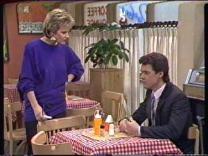 Daphne Clarke, Paul Robinson in Neighbours Episode 0346
