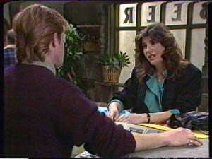 Clive Gibbons, Susan Cole in Neighbours Episode 0346