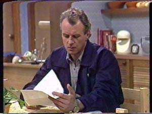 Jim Robinson in Neighbours Episode 0347