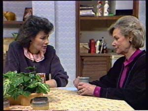 Ruth Wilson, Helen Daniels in Neighbours Episode 0349