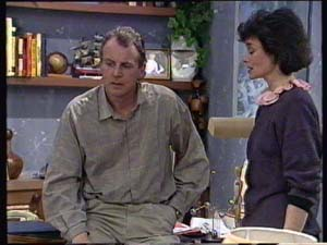 Jim Robinson, Ruth Wilson in Neighbours Episode 0349