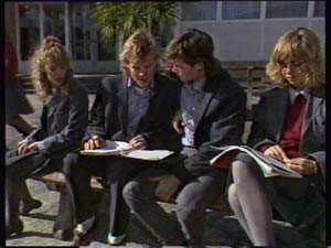 Charlene Mitchell, Jane Harris, Mike Young, Scott Robinson in Neighbours Episode 0350