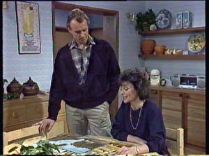 Jim Robinson, Ruth Wilson in Neighbours Episode 0353