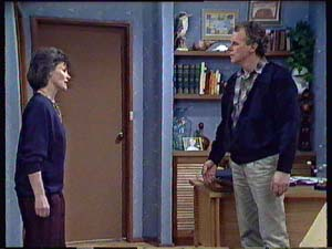 Ruth Wilson, Jim Robinson in Neighbours Episode 0354