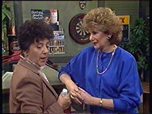 Hilda Mueller, Madge Bishop in Neighbours Episode 0354