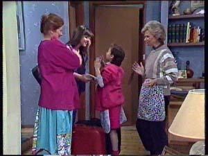 Laura Dennison, Nikki Dennison, Lucy Robinson, Helen Daniels in Neighbours Episode 0354