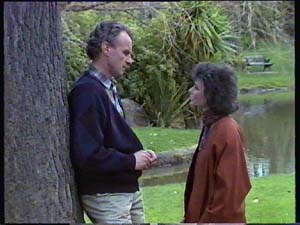 Jim Robinson, Ruth Wilson in Neighbours Episode 0354