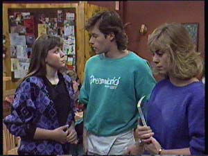 Nikki Dennison, Mike Young, Jane Harris in Neighbours Episode 0355