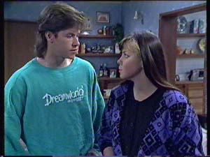 Mike Young, Nikki Dennison in Neighbours Episode 0355
