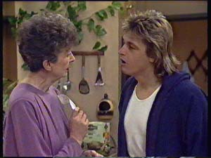 Nell Mangel, Shane Ramsay in Neighbours Episode 0355