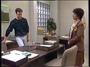 Paul Robinson, Hilda Mueller in Neighbours Episode 0355