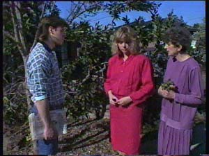 Mike Young, Jane Harris, Nell Mangel in Neighbours Episode 0355