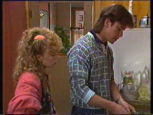 Charlene Mitchell, Mike Young in Neighbours Episode 0356