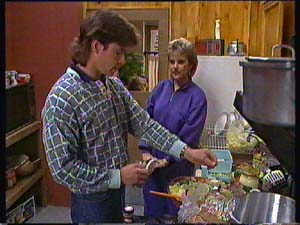 Mike Young, Daphne Clarke in Neighbours Episode 0356