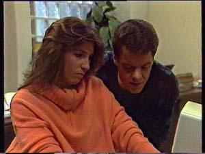 Susan Cole, Paul Robinson in Neighbours Episode 0356