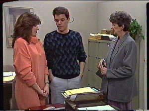 Susan Cole, Paul Robinson, Nell Mangel in Neighbours Episode 0357