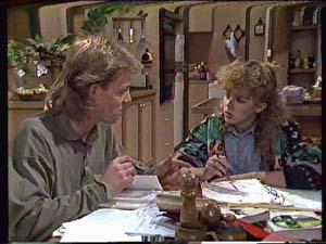 Scott Robinson, Charlene Mitchell in Neighbours Episode 0360