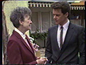 Nell Mangel, Paul Robinson in Neighbours Episode 0360