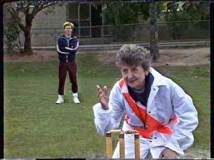 Scott Robinson, Nell Mangel in Neighbours Episode 0361
