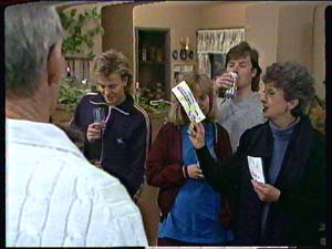 Scott Robinson, Jane Harris, Mike Young, Nell Mangel in Neighbours Episode 0361