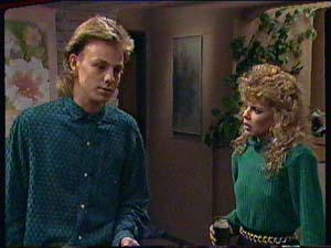Scott Robinson, Charlene Mitchell in Neighbours Episode 0362