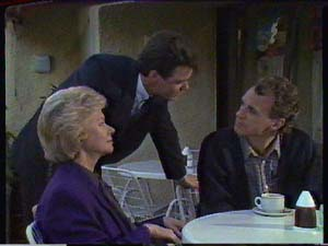 Paul Robinson, Helen Daniels, Jim Robinson in Neighbours Episode 0363