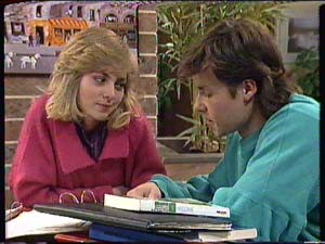 Jane Harris, Mike Young in Neighbours Episode 0364